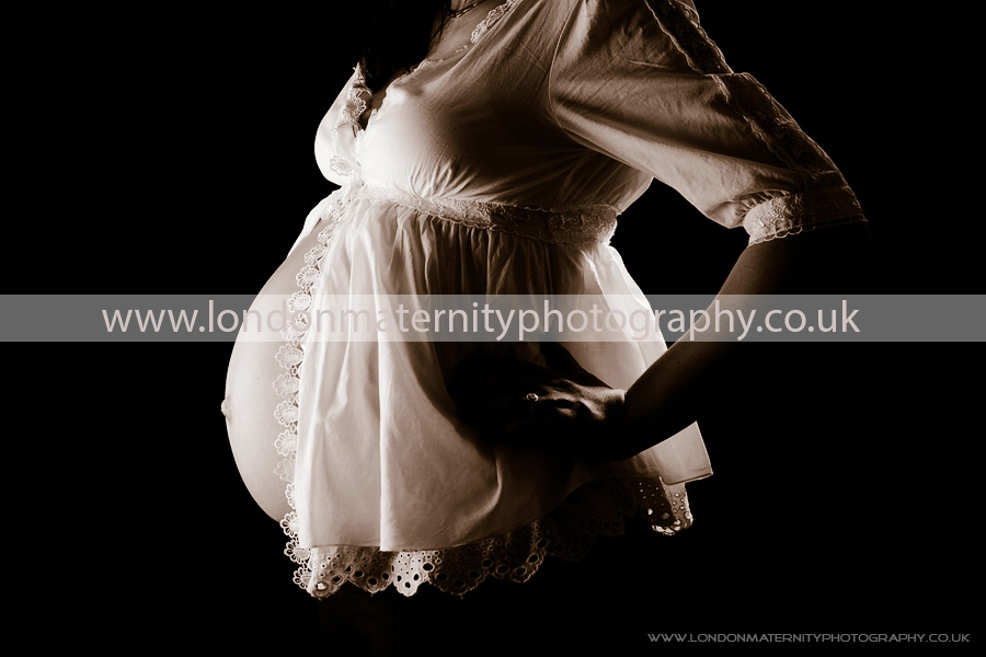 http://www.londonmaternityphotography.co.uk/london_maternity_photography_prices/
